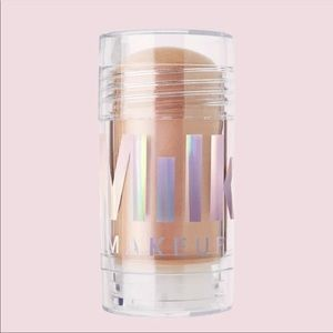 (2)Milk Makeup Mars Holographic Illuminating Stick